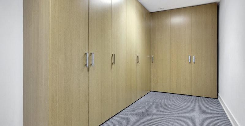 Garderobeløsning i u. etasje