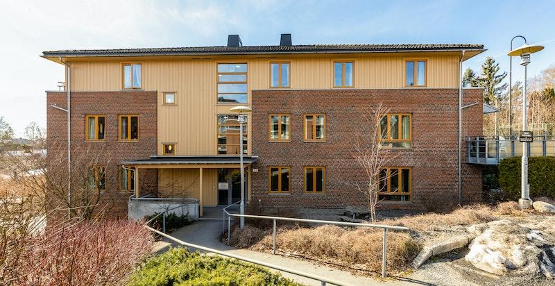 Velkommen til Bærumsveien 216 - Moderne og hyggelig boligkompleks - oppført i 2002