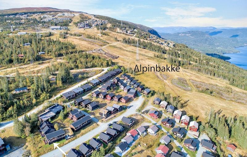 Beliggende rett ved alpinbakken på Norefjell