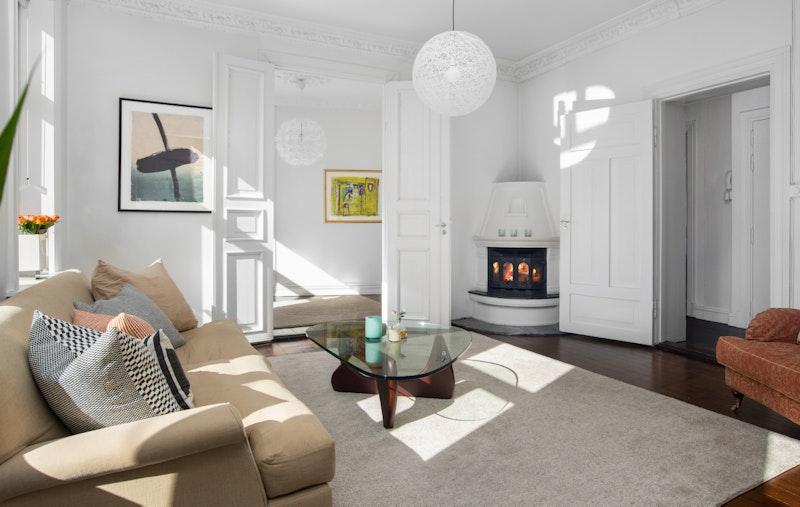 Velkommen til denne velholdte og klassiske leiligheten i Balders gate 1 B!