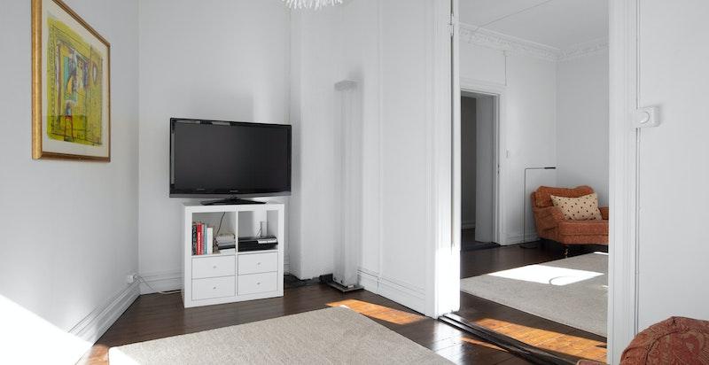 Rommet benyttes i dag som TV-stue, men kan også egne seg godt som soverom 3