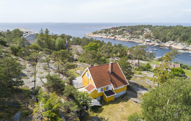 Velkommen til dette flotte landstedet på Hankø!