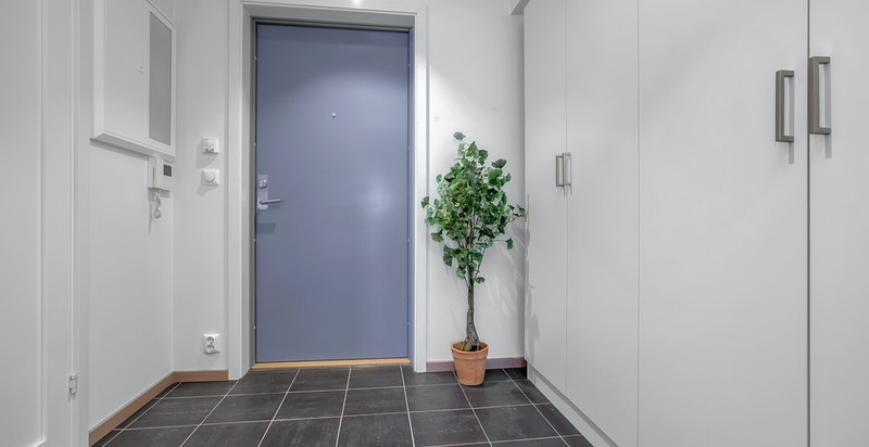 Hyggelig entré/hall med garderobe fra Sigdal
