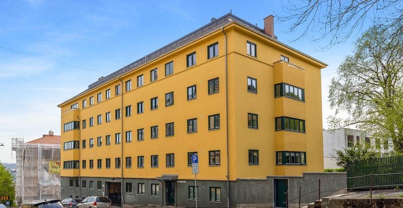 Fasade Brandts Gate 2. St. Hanshaugen ligger kun 50 meter unna.