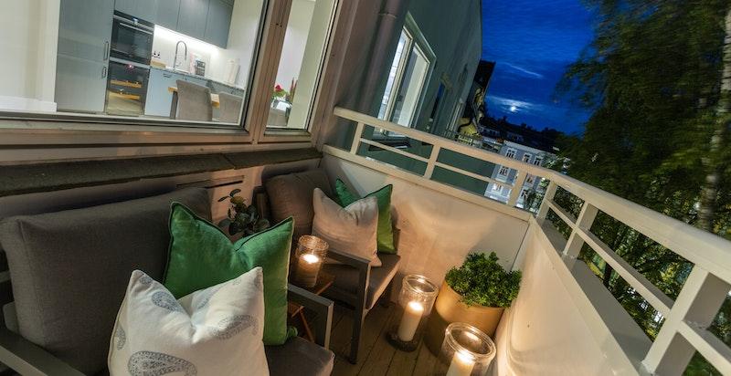 Sydvestvendt balkong på 5 kvm.