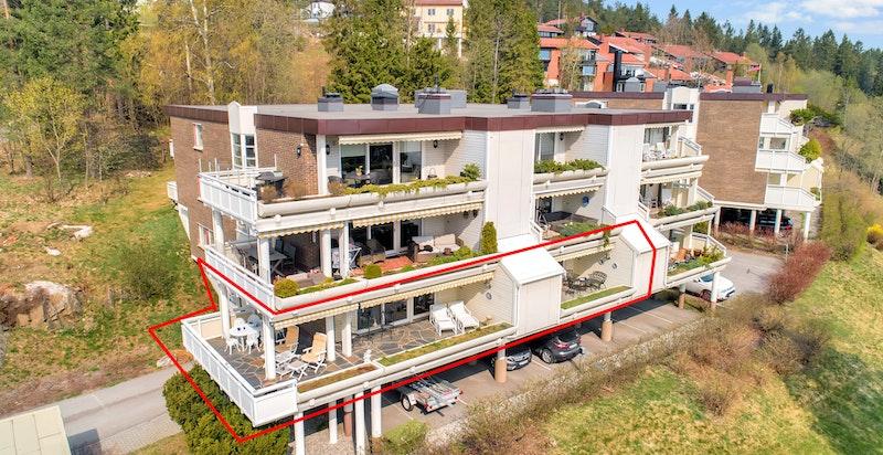 Stor leilighet med to store terrasser