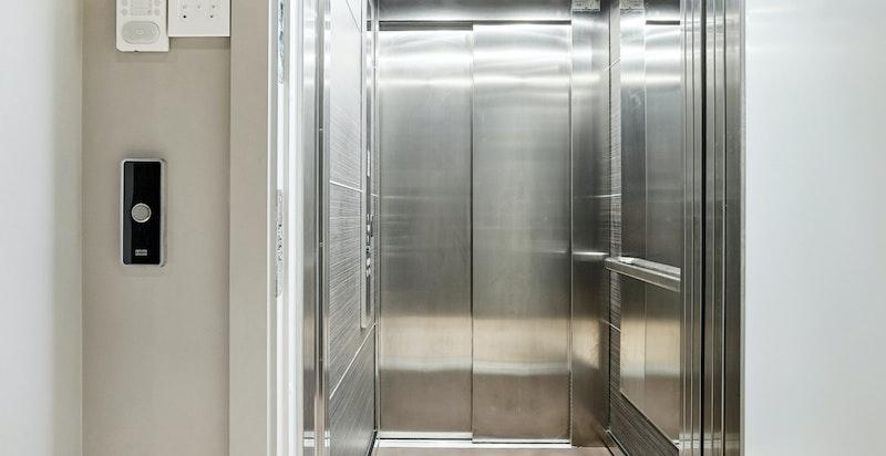 Heisadkomst rett inn i leiligheten fra garasjeplan