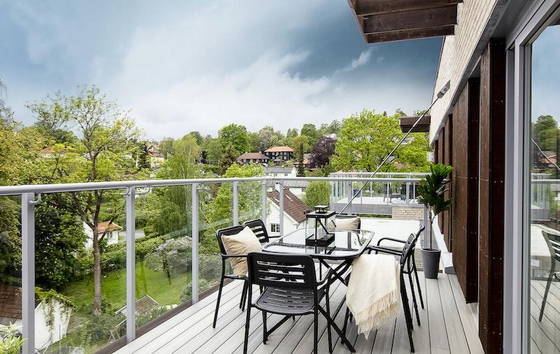 Stor terrasse på ca. 22 m²