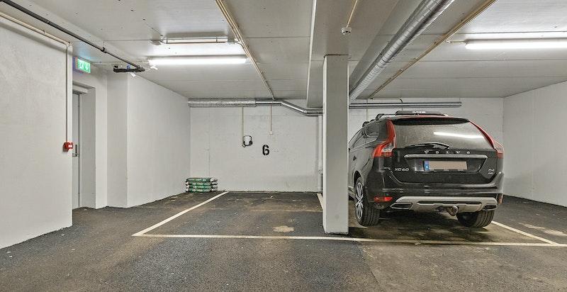 Garasjeplass 2 med ladepunkt for elbil/hybrid