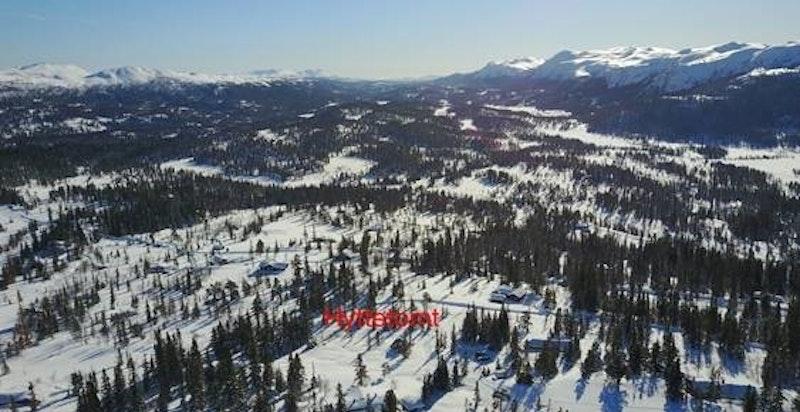 Tomten markert på flyfoto om vinteren