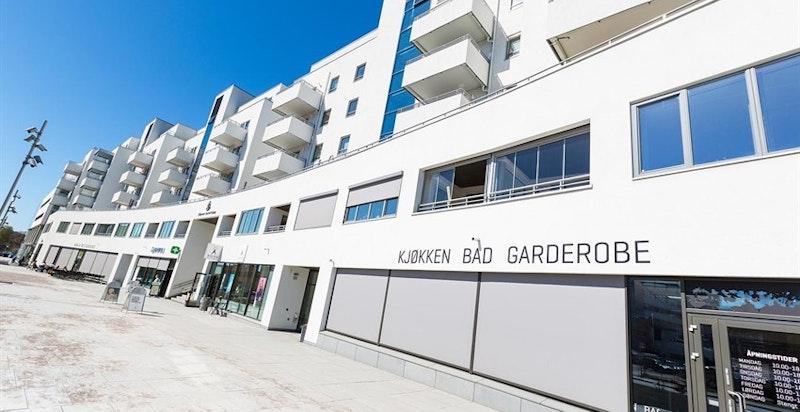 Bydelen er under enorm utvikling og vil i årene som kommer få et bredt tilbud av servicetilbud.