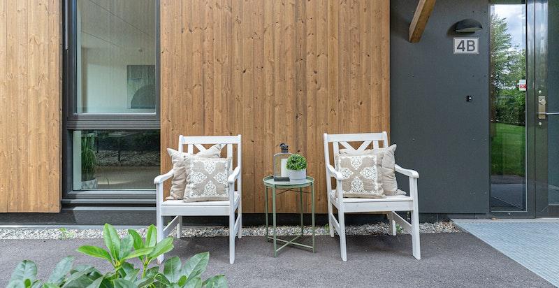 Nyere boligkompleks med ettertraktet og idyllisk beliggenhet i sjønære omgivelser
