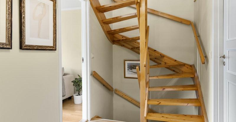 Trappegang - u. etasje