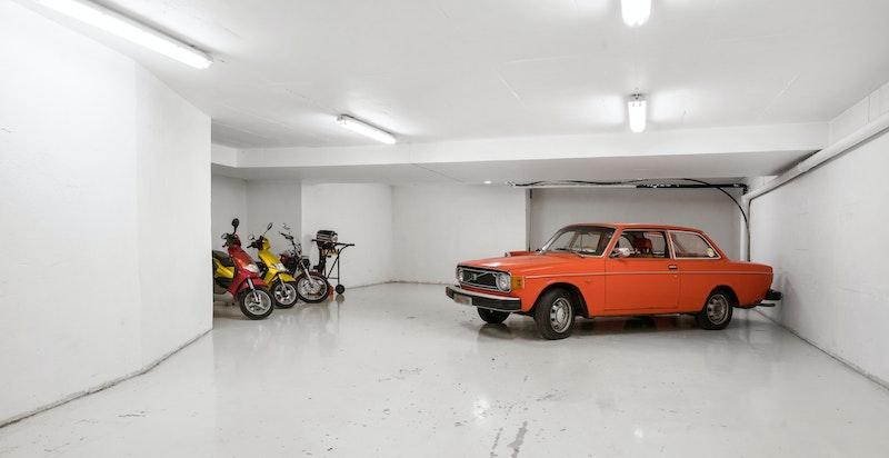 Stort garasjeanlegg på ca 200 kvm