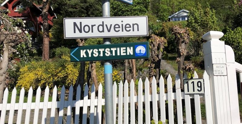 Flott turområder og idyllisk beliggende mellom Flaskebekk og Nesoddtangen - Nordveien går like nedenfor eiendommen