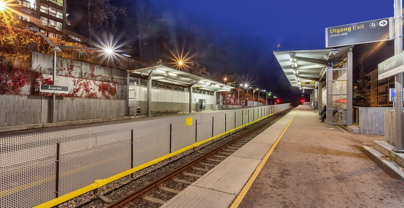 Kort avstand til Åsjordet T-banestasjon - her finner man også nærbutikk