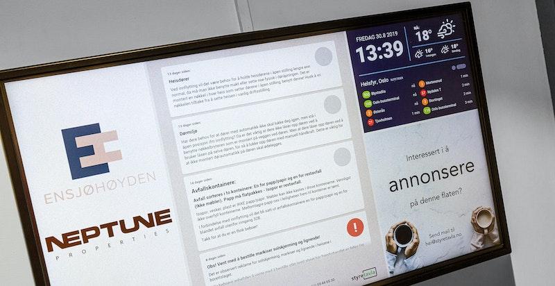 Infotavler sørger for at beboerne har informasjon enkelt tilgjengelig i oppgangene.