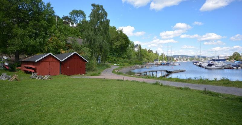 Friområde innerst i Langviksbukta med kajakklubb og flere båtforeninger