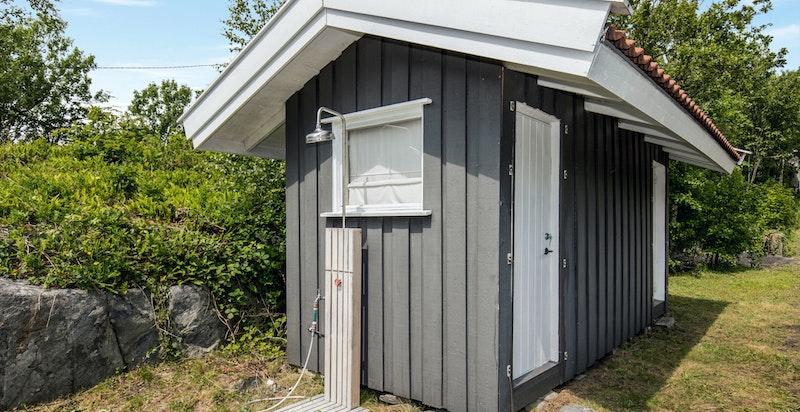Redskapsbod og wc