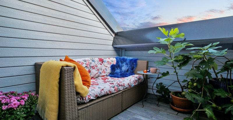 Her kan du trekke deg tilbake og nyte terrasselivet helt for deg selv.