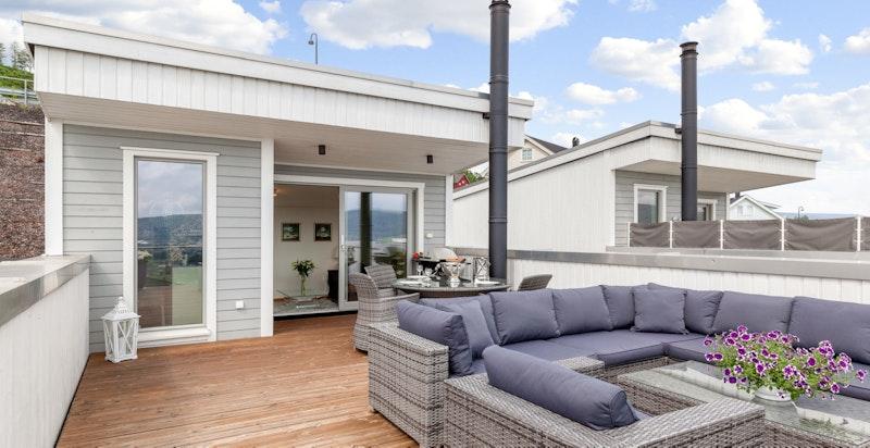 Taket/terrassegulvet er forsterket i hjørnet slik at det er mulig å plassere en jacuzzi der