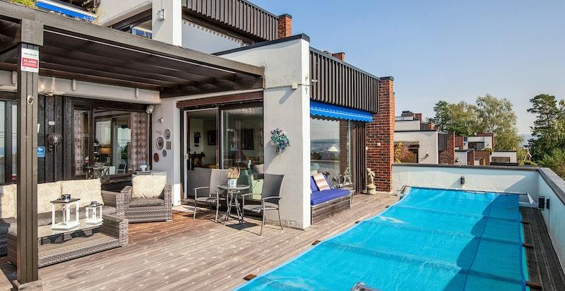 Da bygningskroppene er terrassert har du heller lite innsyn på terrassen din fra naboene.
