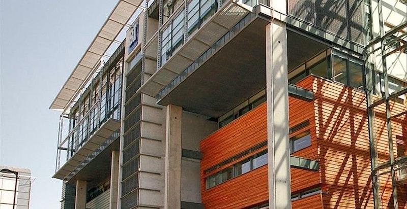 Kort vei til utdanningsinstitusjoner, bl.a. Handelshøyskolen BI på Nydalen