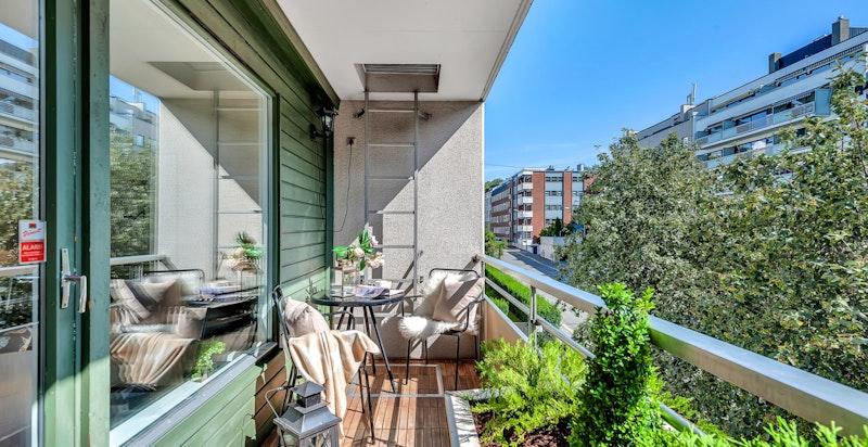 Fra stuen har man utgang til balkong på ca. 6 m²