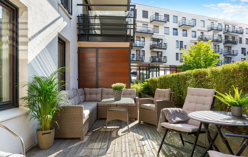 23 kvm terrasse med gode solforhold