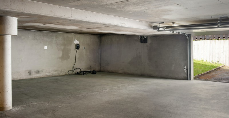 1 garasjeplass i fellesanlegg