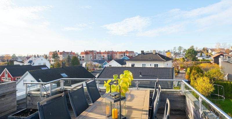 Privat takterrasse med flott utsikt