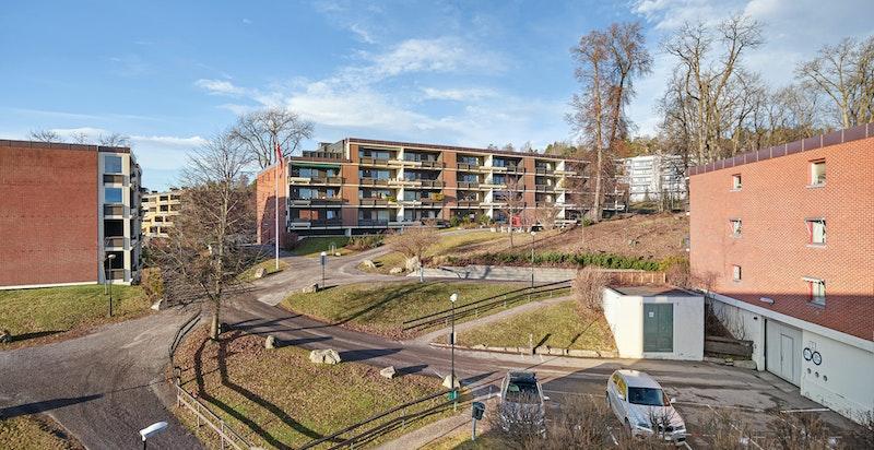 Utsyn mot fellesområdene fra balkongen