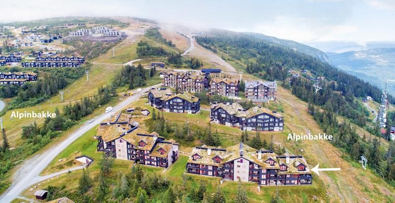 Velkommen til Norefjelltunet. en stor og innholdsrik leilighet midt i alpinanlegget