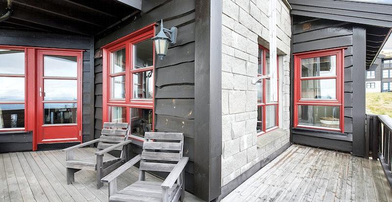 Stor veranda(ca 17 kvm) med flott utsikt