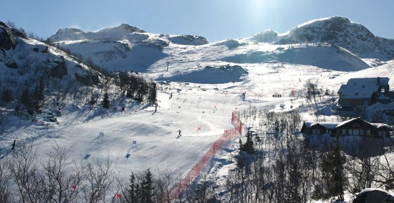 Gaustaområdet er en av landets mest populære vinterdestinasjoner, og ligger en kort kjøretur unna eiendommen.