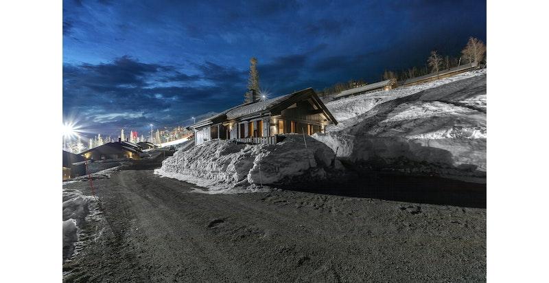 Bilder fra fyrieggvegen 69 på Hovdetun av mars 2021