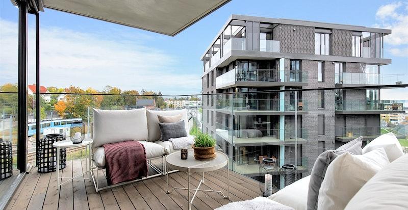 Sydvendt balkong på ca. 12 m²