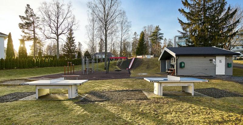 Svært hyggelige fellesområder på Ullerntoppen, med felles lekeplasser