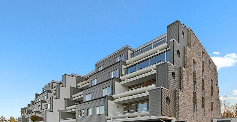 Svært velholdt fasade - sameiet har utført vesentlig fasaderehabilitering i perioden 2014-2016 som har gitt et estetisk løft