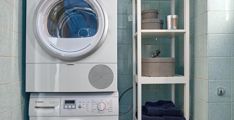 Opplegg for vaskemaskin og tørketrommel i nisje