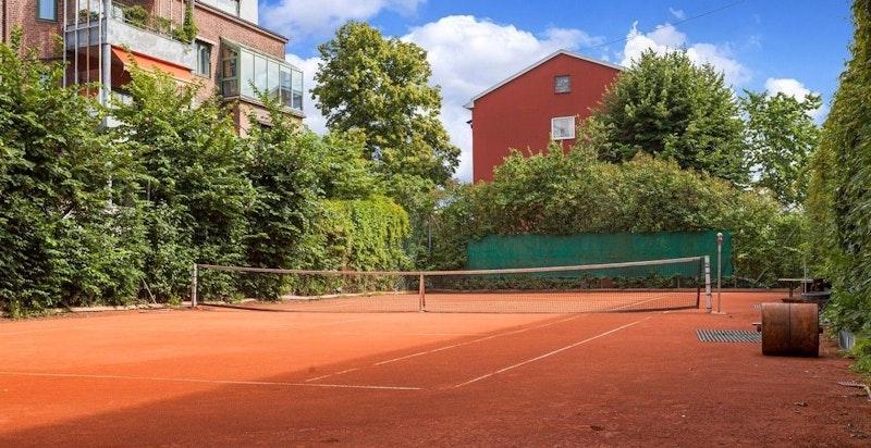 Skillebekk tennisklubb, 1 min gange fra boligen