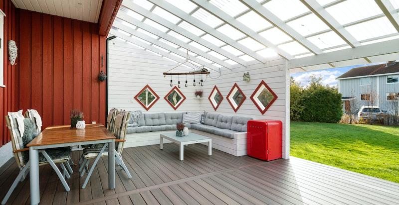 Terrassen funger som en naturlig utvidelse av stuen
