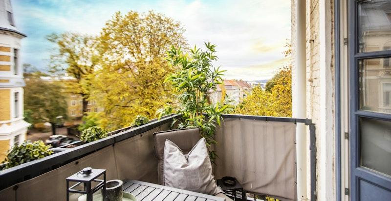 Balkong i 4. etasje - høyt og fritt