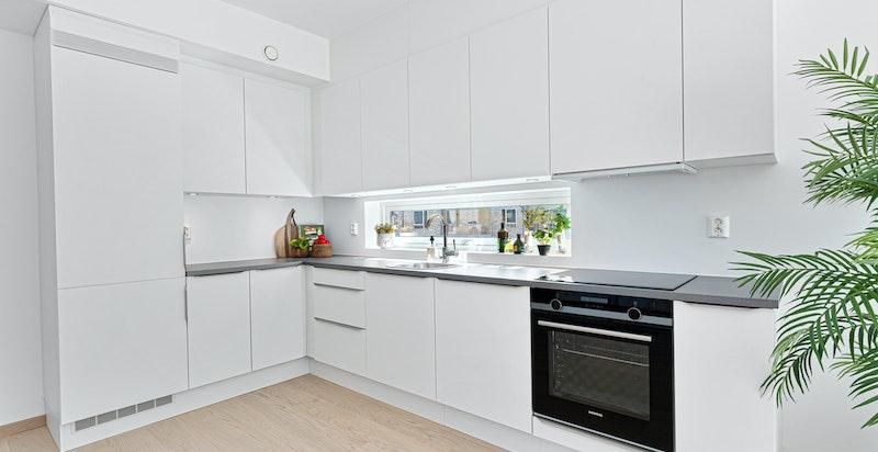 Standard kjøkken fra Sigdal med hvitevarepakke fra Siemens