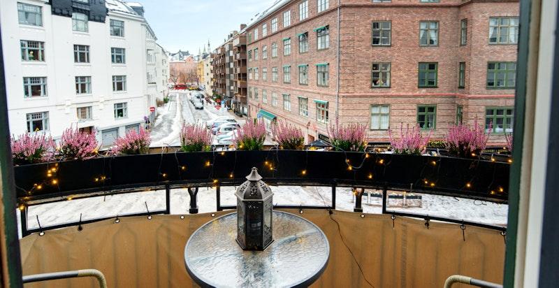 Balkongen med fri utsikt mot Balchens gate