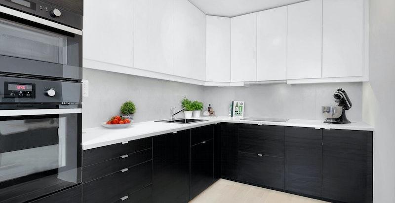 Stilrent kjøkken med kjøkkeninnredningen fra IKEA, ny i 2015