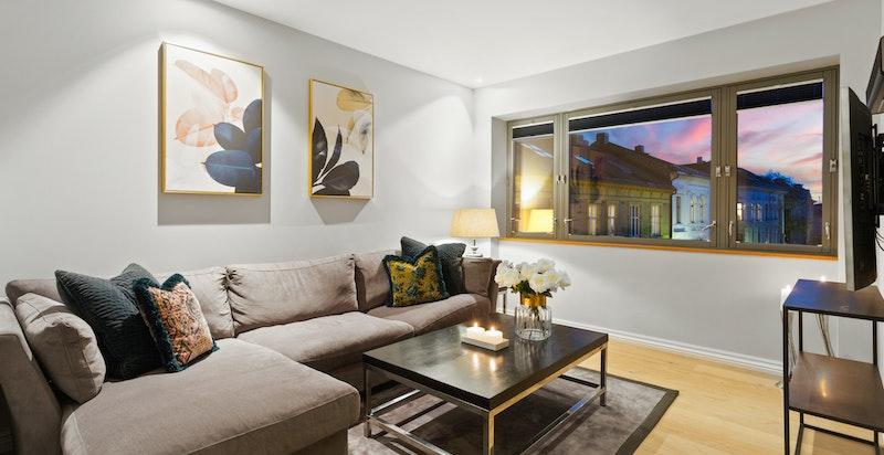 Hyggelig stue med plass til sofagruppe