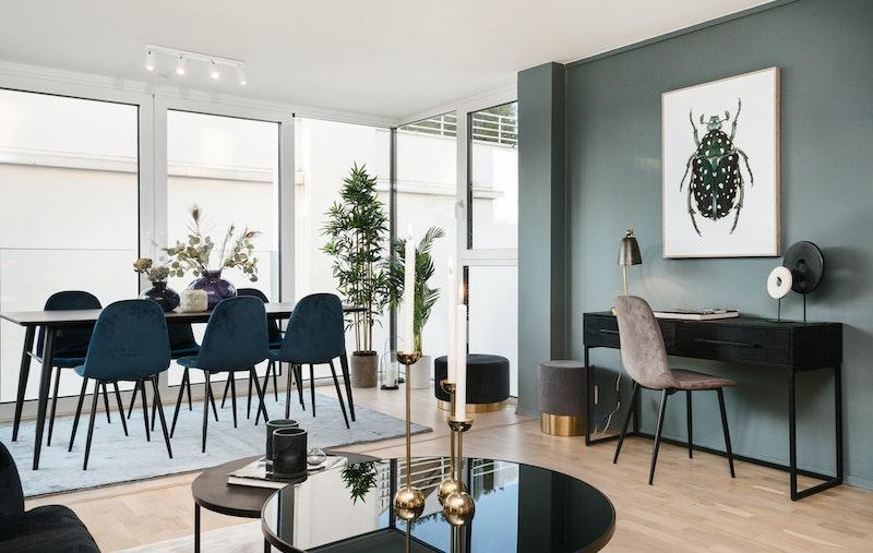 Naturlig og enkel møblering av leiligheten