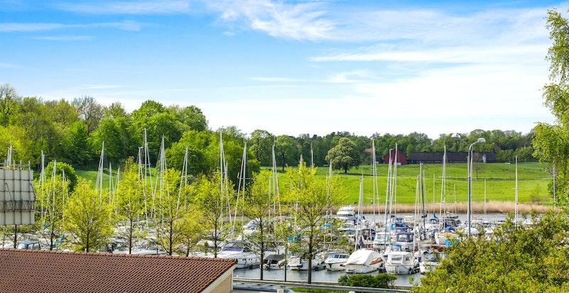 Utsikten mot Frognerkilen og Bygdøy- Bildet er zoomet inn