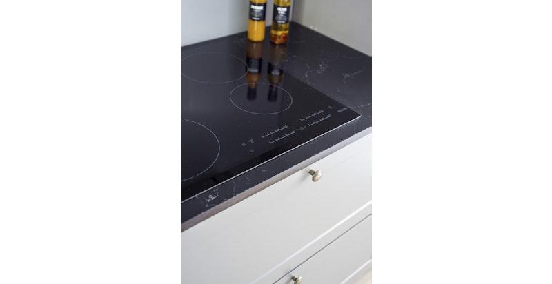 Integrerte hvitevarer komfyr, ovn, oppvaskmaskin kjøl og frys
